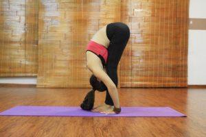 tong-hop-5-bai-tap-yoga-dieu-tri-viem-xoang-don-gian-nhat
