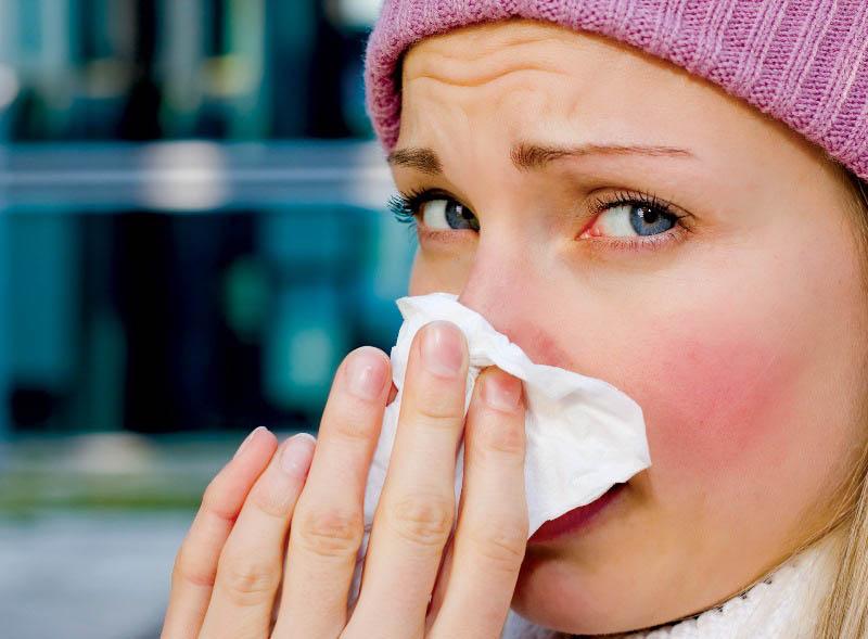 Chảy dịch mũi là biểu hiện nhiễm trùng ở nhóm xoang trước